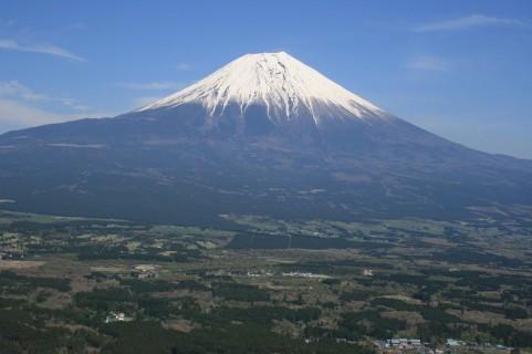なぜ富士山を嫌う日本人がいるのか?