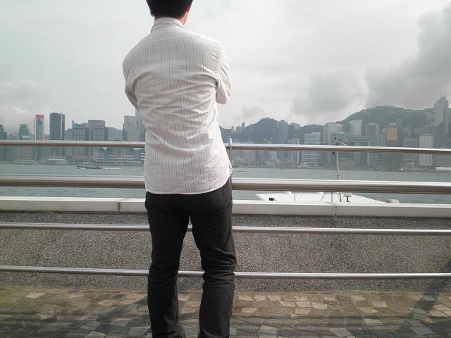 尖沙咀から香港島を望む