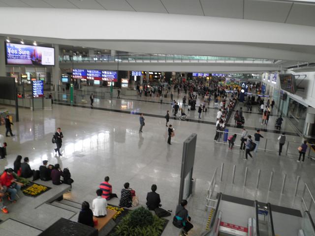 香港国際空港到着