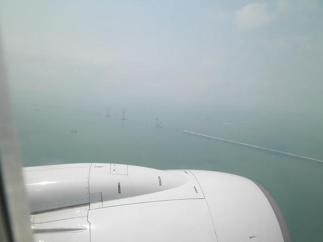 香港へ飛行機