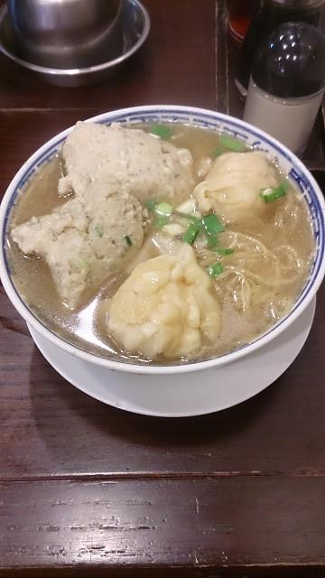 TSIM CHAI KEE ワンタン麺