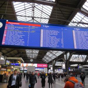 チューリッヒ中央駅からバーゼル駅へ行く方法【スイスの電車の乗り方】